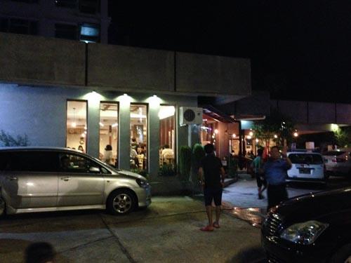 イタリアンレストラン「カフェ・ディバール」
